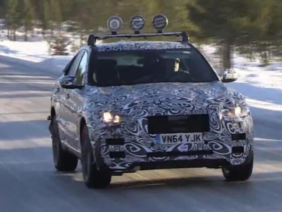Surprise vidéo : le futur Jaguar F-Pace toujours à la neige