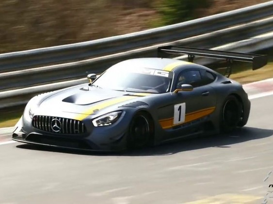La Mercedes-AMG GT3 à l'attaque sur le Nürburgring