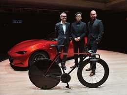 Milan Design Week 2015 : Mazda présente un vélo et un canapé KODO