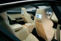 Aston Martin: la Rapide prioritaire. La DBX pour plus tard.