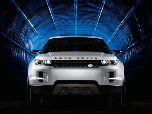 Range Rover Evoque : les vidéos avec Victoria Beckham en guest star designer