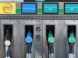Essence toujours plus chère : le gouvernement va-t-il geler les prix à la pompe ?
