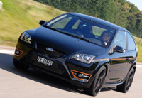 Ford Focus ST Black Edition: KITT Tribute ?