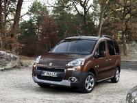 Les remplaçants des Peugeot Partner, Citroën Berlingo et Opel Combo sont prévus pour 2018