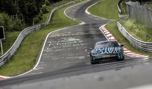 Porsche établit un record sur le Nürburgring avec la Taycan