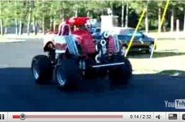 [vidéo] : Little Big Foot, 4 roues, un V8 de 600 ch et c'est tout !