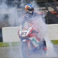 Superbike: Une victoire de poids pour la Ducati à Donington