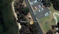 Google Earth photographie une voiture volante