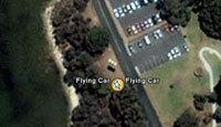 Google Earth photographie une voiture volante