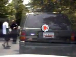 [vidéo] Insolite course poursuite : le voleur est dans la voiture de police !