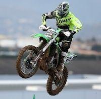 Nouveau coup dur pour Monster Energy Kawasaki Racing Team, Desalle se blesse au bras