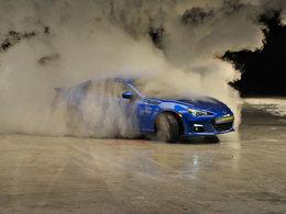 [vidéo pub] Très très chaude Subaru BRZ ...