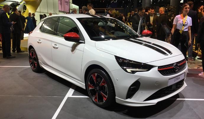 Opel Corsa 2019 : la dangereuse cousine - Vidéo en direct du salon de Francfort 2019