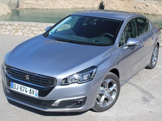 """La première voiture """"autonome"""" de PSA sera une Peugeot 508"""