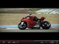 La Ducati 1199 Panigale en vidéo : Fracture de l'oeil !!!