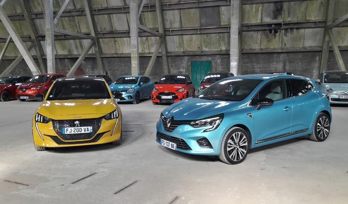 Peugeot 208 Puretech 100 VS Renault Clio TCe 100 : le duel de l'année - Salon de l'auto Caradisiac 2020