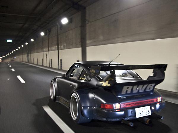RAUH-Welt : une autre façon de préparer les Porsche 911