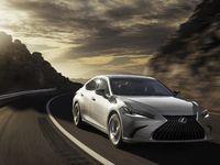 Lexus dévoile l'ES restylée