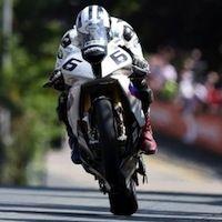 Tourist Trophy 2014: Michael Dunlop empoche la catégorie Superbike