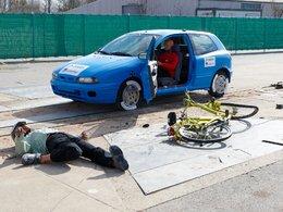 Crash tests 2010 : à vélo électrique, attention danger...