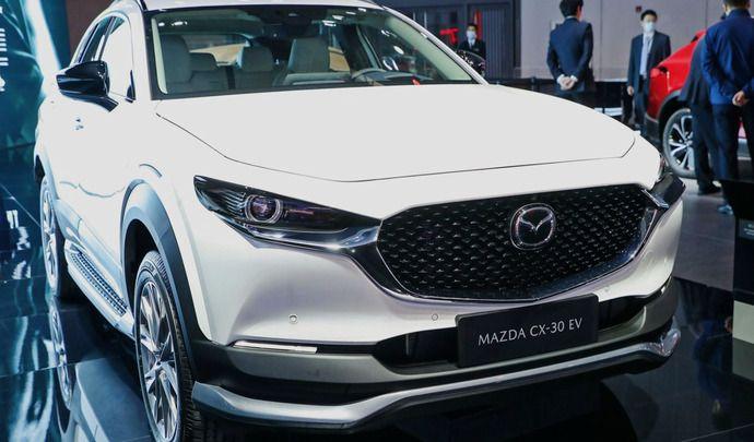 Salon de Shanghai 2021 : Mazda dévoile un inédit CX-30 électrique