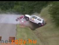 Vidéo : Clio en course de côte.. ca passait c'était beau..