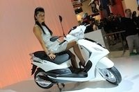 En direct du salon de Milan 2011 : Piaggio Fly 50 cm3/125 cm3