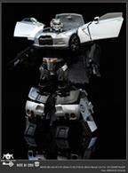 """Audi R8 et Nissan GT-R Transformers: """"désacrés"""" lurons"""