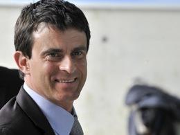 """Manuel Valls : """"la mortalité sur nos routes aurait chuté de 10% en 2013"""""""