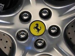 Les Italiens se séparent de plus en plus de leurs supercars