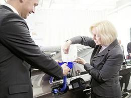 """Audi : les premiers litres de """"e-diesel"""" sont sortis de l'usine de la marque allemande"""