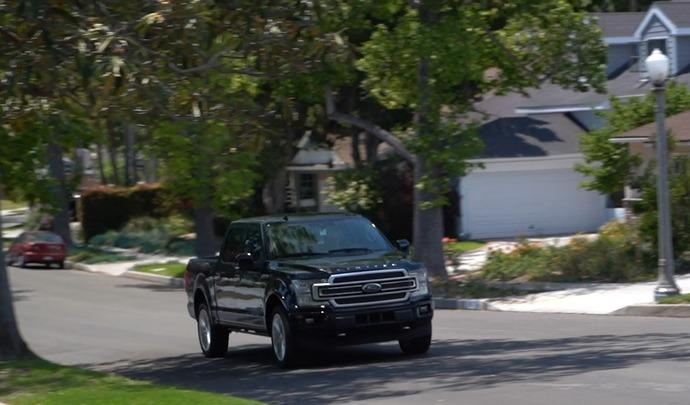 Road Trip exclusif : la Californie à bord d'un pick-up Ford F-150 Limited (vidéo grand format)