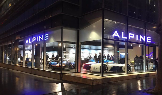 Alpine : ouverture du premier showroom