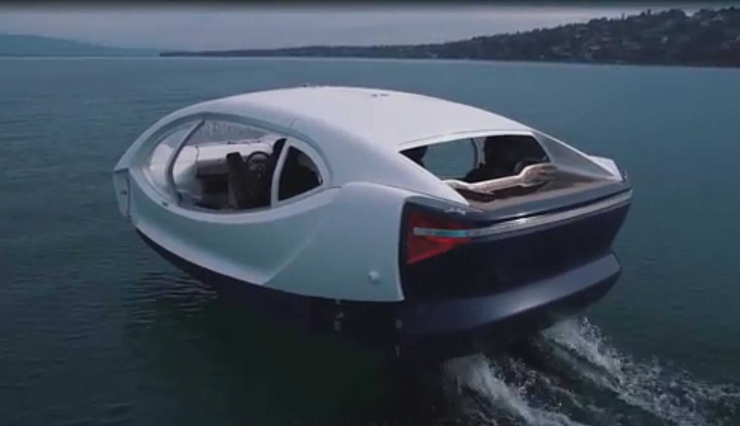 seabubbles les premiers tests de la voiture volante sur la seine dans quelques jours paris. Black Bedroom Furniture Sets. Home Design Ideas