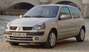 Marché de l'occasion : la voiture type est une Renault Clio diesel