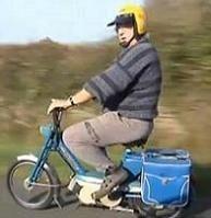 Flashé à 141 km/h sur l'autoroute ………. avec une mobylette !