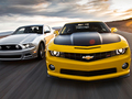 Muscle cars 2013 : la Chevrolet Camaro bat encore la Ford Mustang