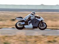 BMW prépare une moto intelligente