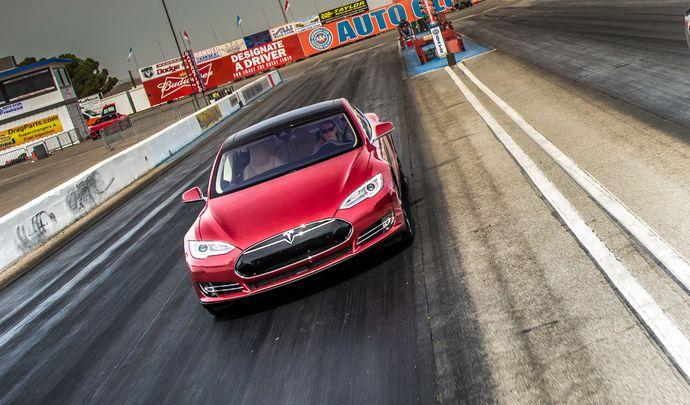Tesla annonce un prochain roadster plus rapide qu'une Model S !