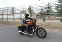 "Harley Davidson Sportster Iron 883 : le retour de la ""Dark"""