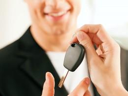 En 2013, les particuliers n'ont jamais aussi peu acheté de voitures