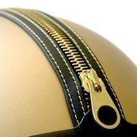 Moschino: 2 modèles de jets à fond dans la mode