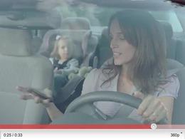 BMW crée un spot télévisé contre les sms au volant