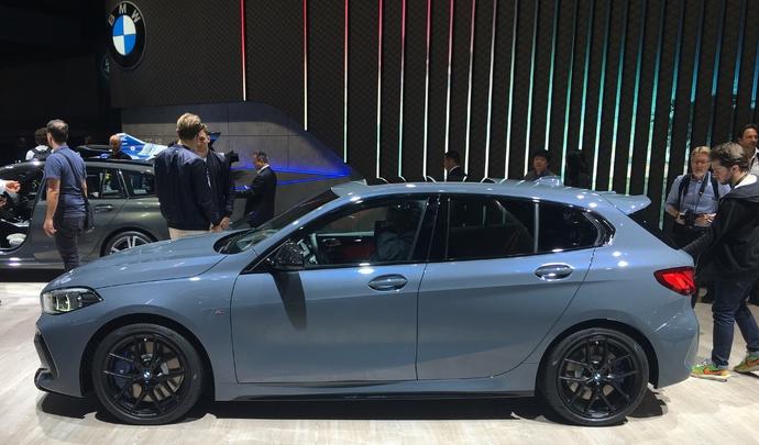 BMW Série 1 : les premières images en direct du salon de Francfort 2019