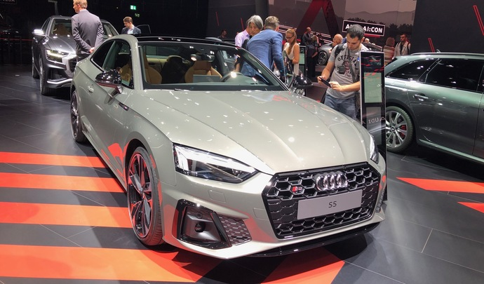 Audi A5 (2019) : léger restylage - Vidéo en direct du salon de Francfort 2019