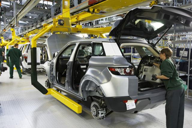 Jaguar Land Rover supprime des postes et réduit sa production — Marché