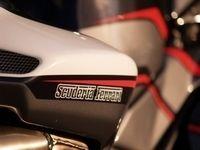 MV Agusta F4 312R Scuderia Ferrari : L'étalon cabré...
