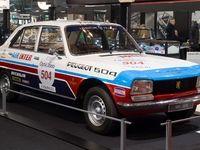 Tour Auto et produits dérivés: Peugeot met à l'honneur la 504