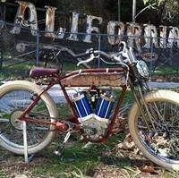 juicer 48v quand une moto ancienne croise la route d un v lo lectrique. Black Bedroom Furniture Sets. Home Design Ideas