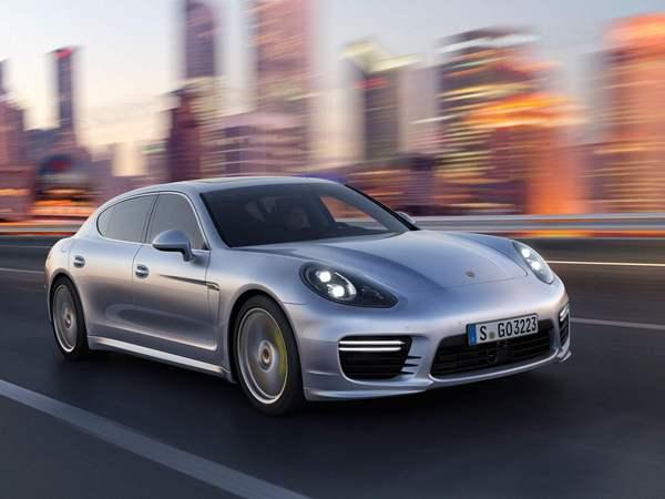 Porsche développe un régulateur de vitesse réactif aux virages